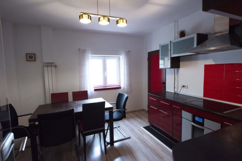 De Vanzare - Apartament 4 camere (Zona Dorobanţilor/Fabric)
