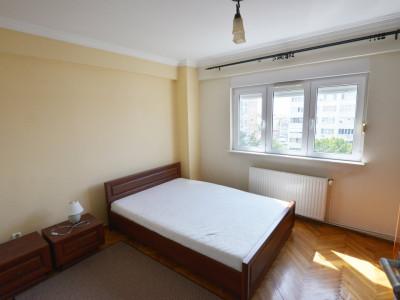 Apartament 3 Camere (Decomandat) - Zona Spitalul Judetean