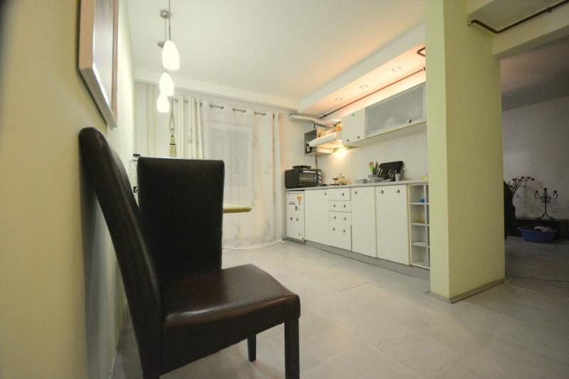 De vanzare apartament  2 camere  Girocului