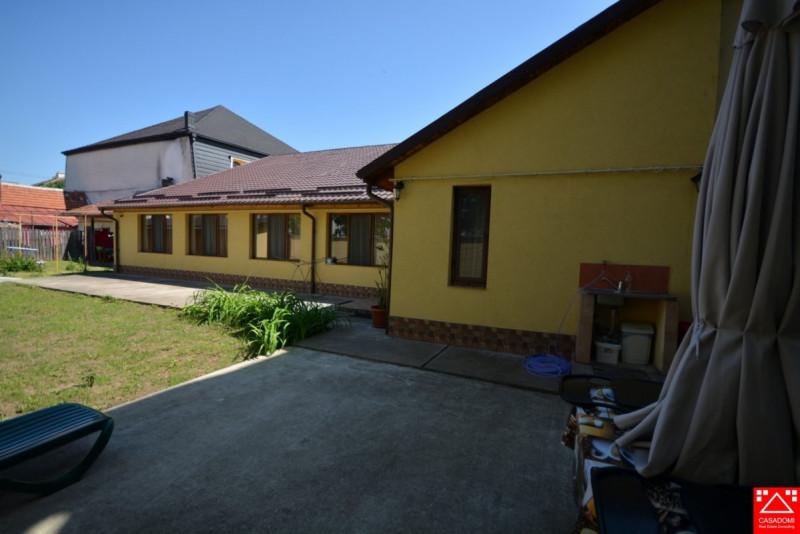 Casa 3 camere ,curte comuna
