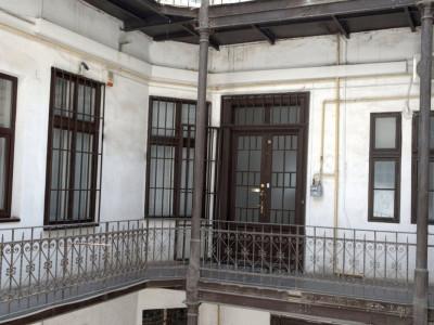 Apartament 5 camere ideal birouri -Piata Unirii